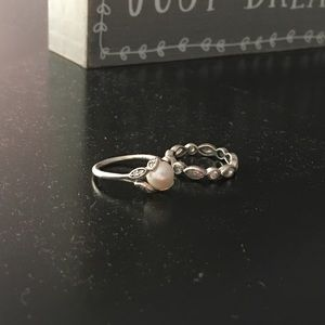 Selling 2 pandora rings as a set! Both size 5(50)